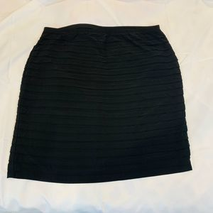 DRESSBARN COLLECTION BLACK SKIRT
